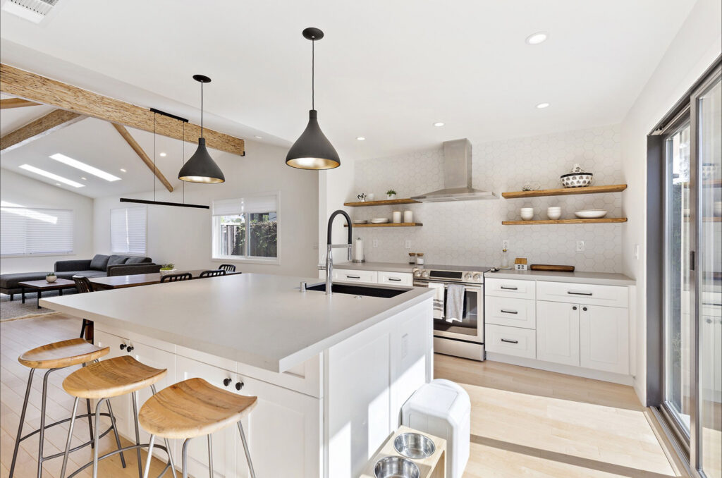 Combining Materials When Designing a Kitchen